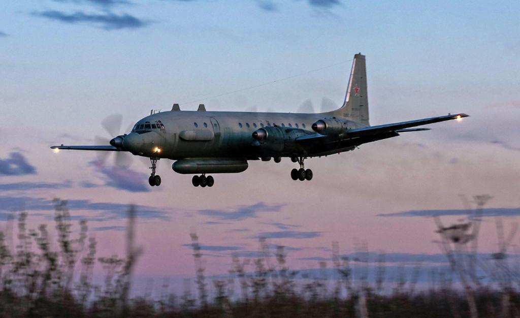 Украинский летчик рассказал, как в 2014 году чуть не сбил российский Ил-20 Война,Ил-20,Мировое обозрение,Россия,Су-27,Украина