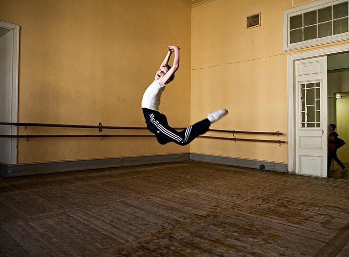 Ученики балетной школы в фотографиях Rachel Papo. Каждодневный труд через боль и отчаяние