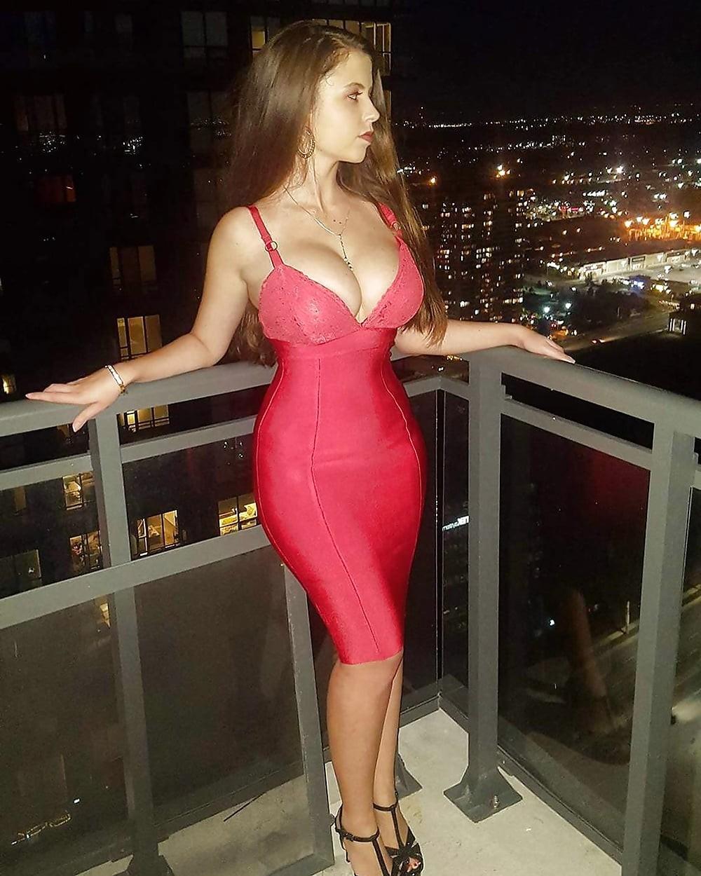 фото русских жен в классных платьях триппер