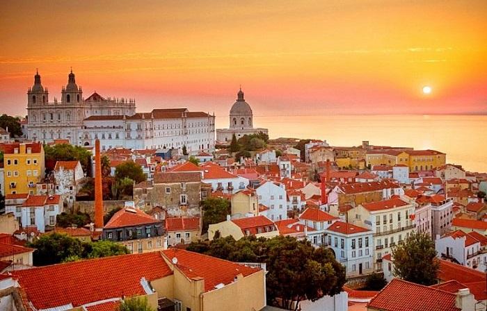 Самые популярные достопримечательности Лиссабона.