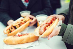 Зимний бутерброд: ветчина, колбаса или котлета