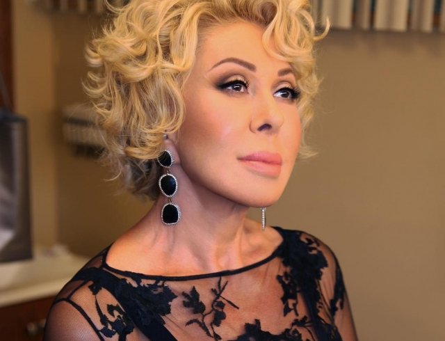 Любовь Успенская покорила Азербайджан исполнением песни Шовкет Алекперовой
