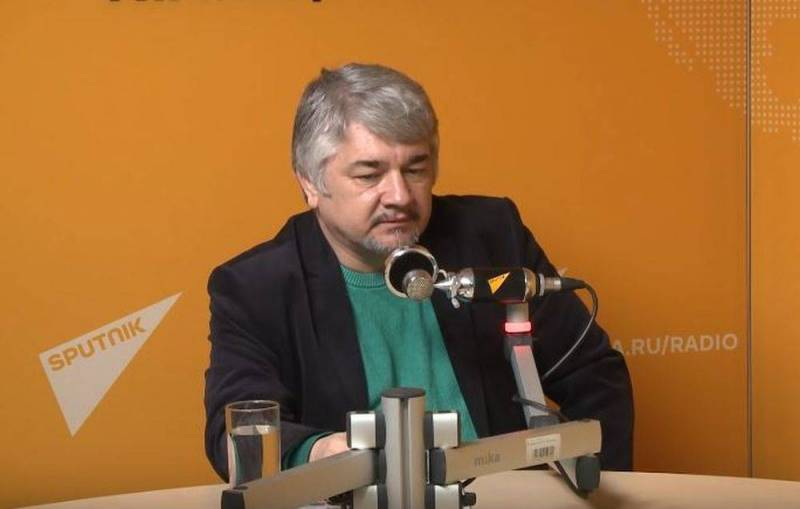 Ростислав Ищенко: В случае чего, Россия больше не станет выручать Лукашенко