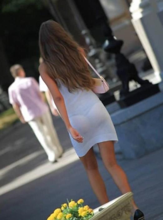 трусики виднычерез прозрачную одежду