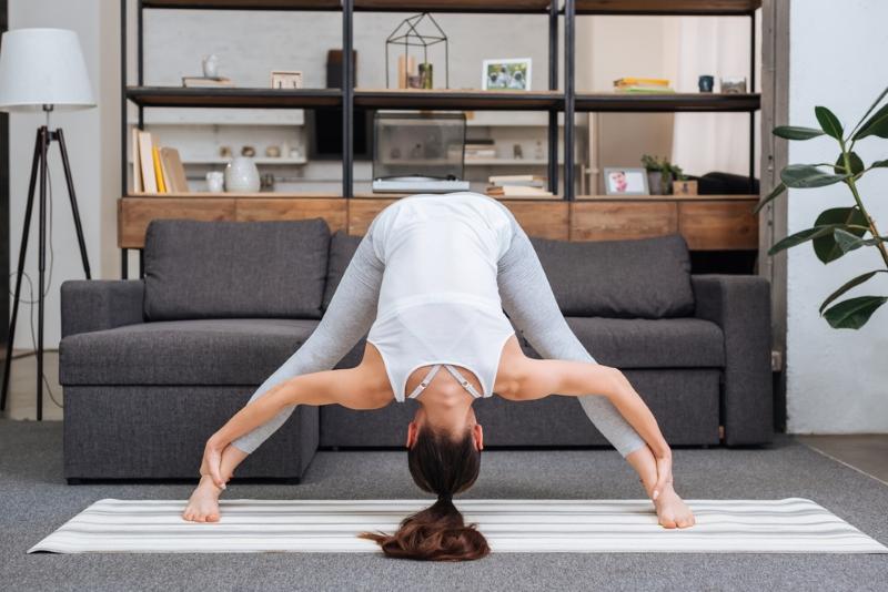 Почему нужно выполнять упражнения для коленных суставов