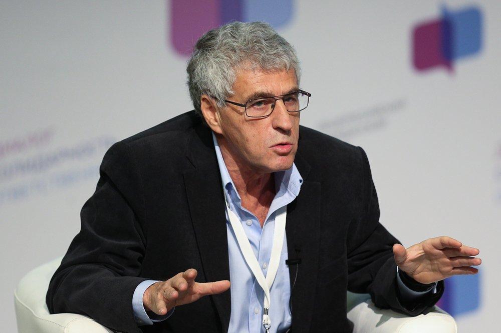 Известный либерал Гозман пригрозил, что «активное меньшинство» готовит в России революцию