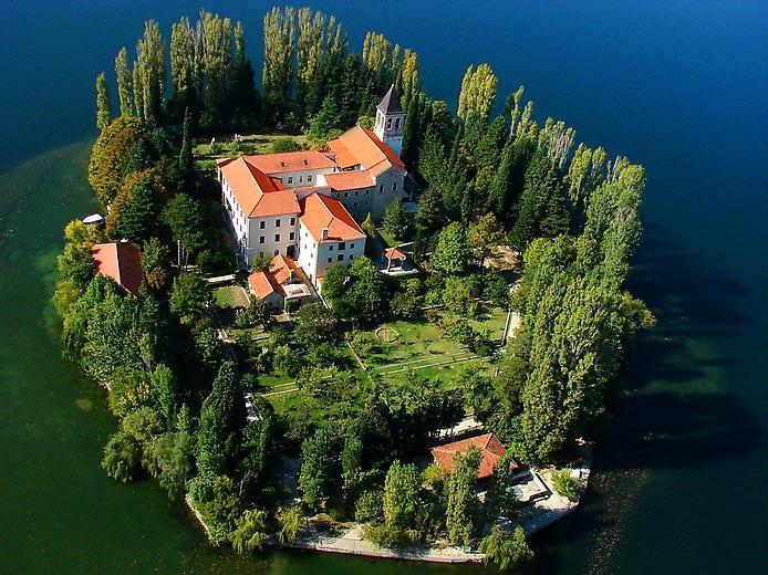 Висовац - монастырь