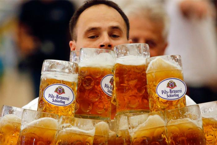 Пиво – товар первой необходимости.  Фото: antikiller.info.