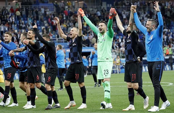 Победа Франции над Перу и сенсационный разгром Хорватией Аргентины