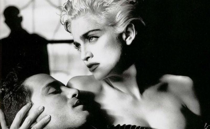 «Секс помогает продавать»: 20 скандальных работ Хельмута Ньютона