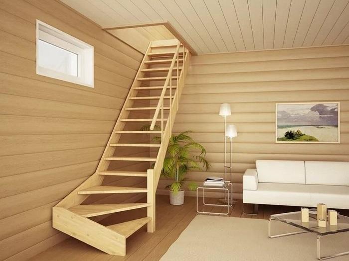 Классическая деревянная лестница на второй этаж, которую можно сделать своими руками.