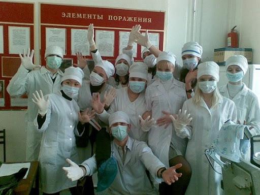 Путин поручил привлечь студентов медвузов к борьбе с коронавирусом власть,коронавирус,медики,общество,Путин,россияне