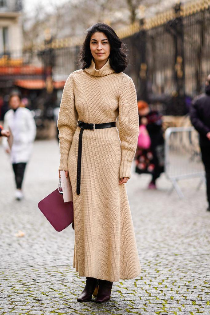 Платье с длинными рукавами снова в моде, так скаазали стилисты!