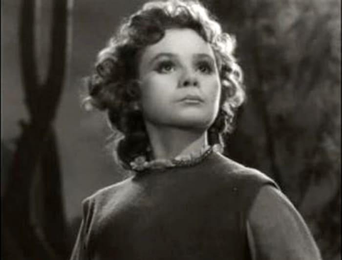 Мария Виноградова в фильме *Звездный мальчик*, 1957 | Фото: kino-teatr.ru