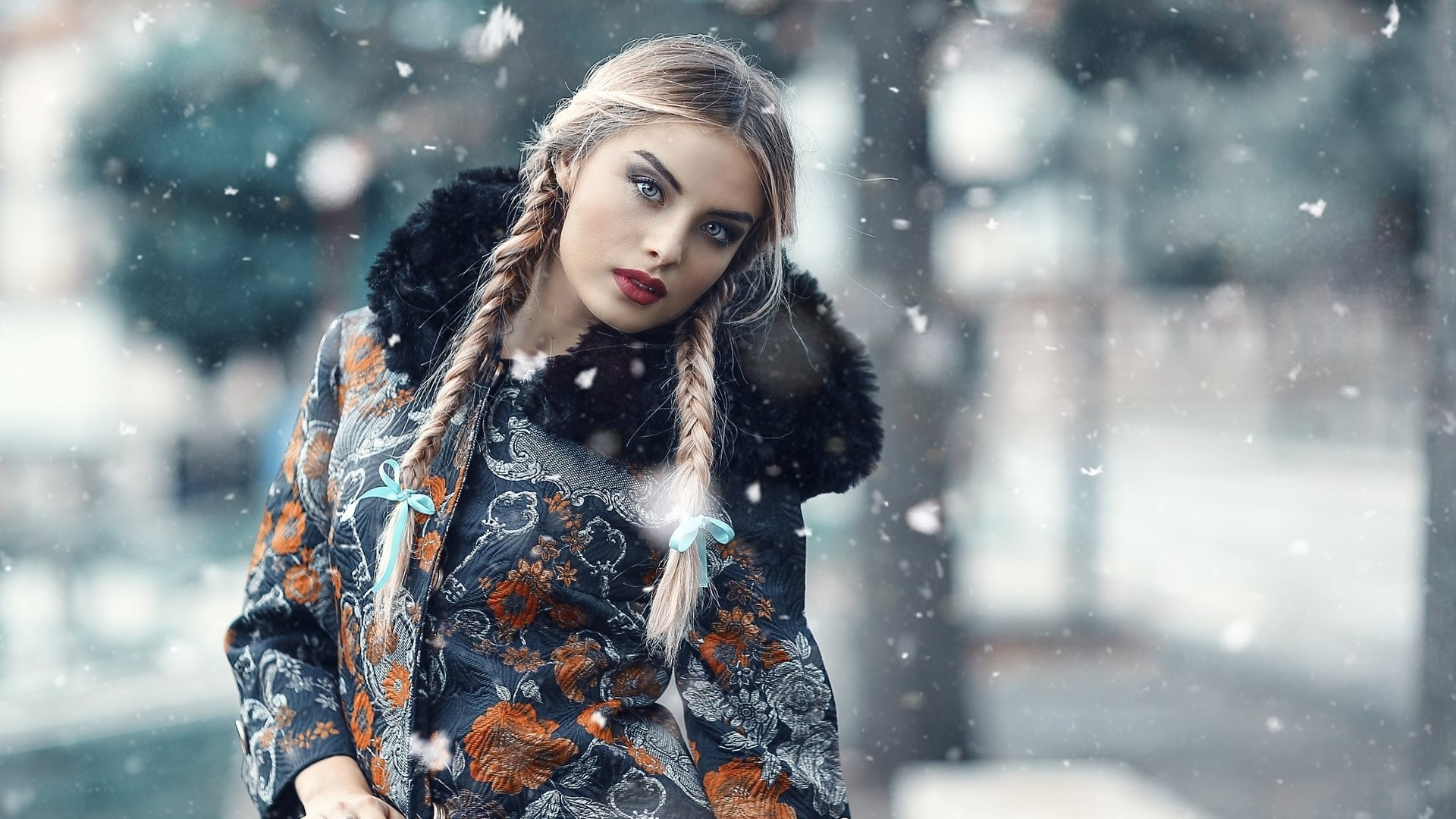 Красивые девушки фото в одежде на снегу, трахнул подругу друга на свадьбе видео онлайн