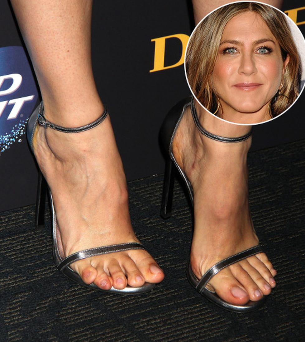 Пальчики на ножках девушек знаменитостей
