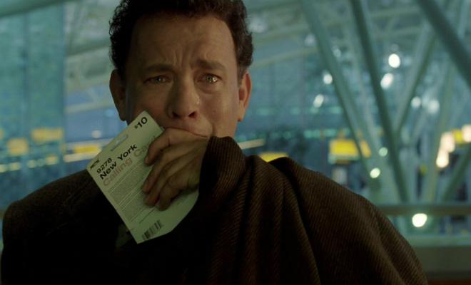 Мужчина жил в аэропорту 100 дней, а затем опоздал на единственный рейс домой
