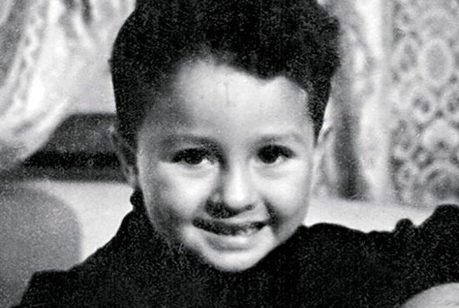 Угадай знаменитость по детской фотке!