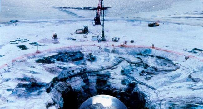 Ученые нашли большую базу НЛО в Антарктике