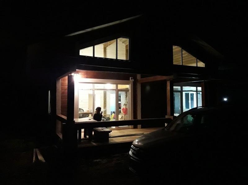 Шторы для дачи и загородного дома - стили, фото вариантов 31