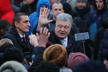 Беглый украинский депутат рассказал о молитвах Порошенко иконе со своим ликом
