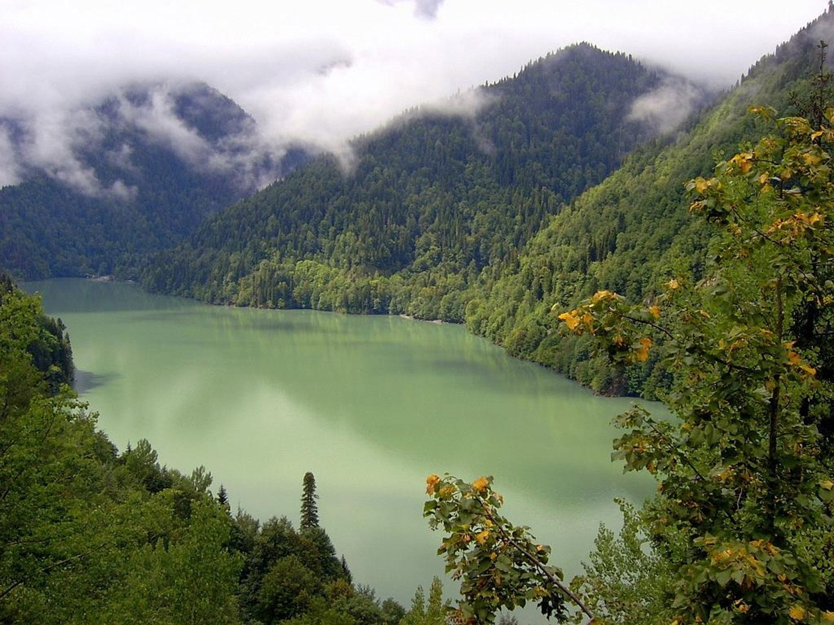 озеро рица вид сверху фото такую