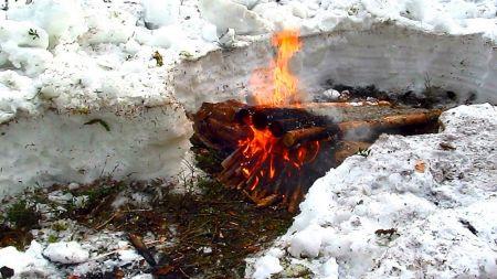 Охотничье корыто: костер на 30 часов жаркого пламени Идеи