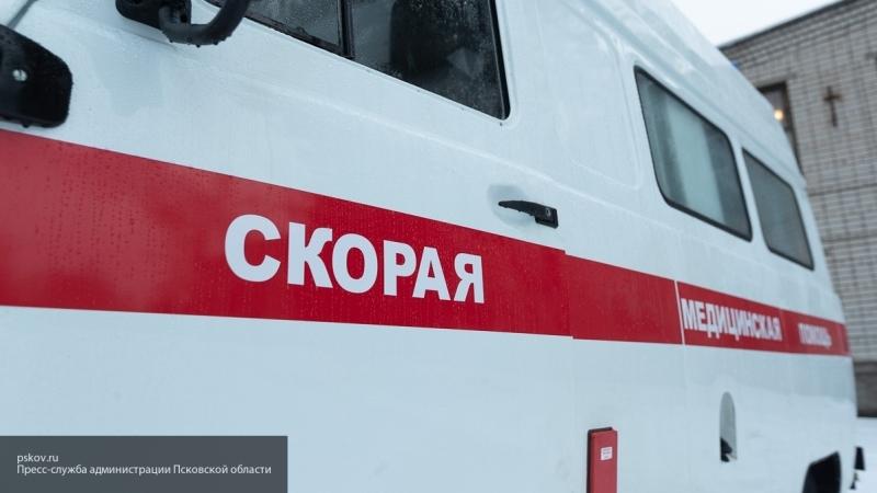 Во Владивостоке неизвестные закидали камнями прибывшую на вызов скорую помощь