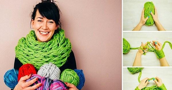 С этим трюком ты сделаешь такой шарф сам за 30 минут. Без спиц, всего лишь руками!