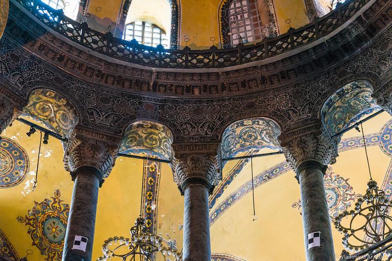 окружена собор айя софия фото отличаются одной самых