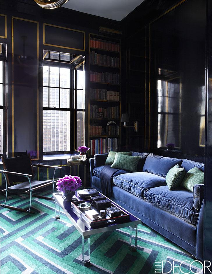 Царство цвета: насыщенные и броские оттенки в интерьере квартиры в Чикаго