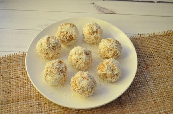 Творожные конфеты с кокосом и арахисовой пастой