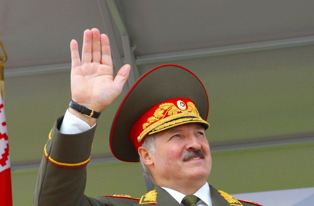 Беларусь пошла на военную хитрость с Россией и Украиной