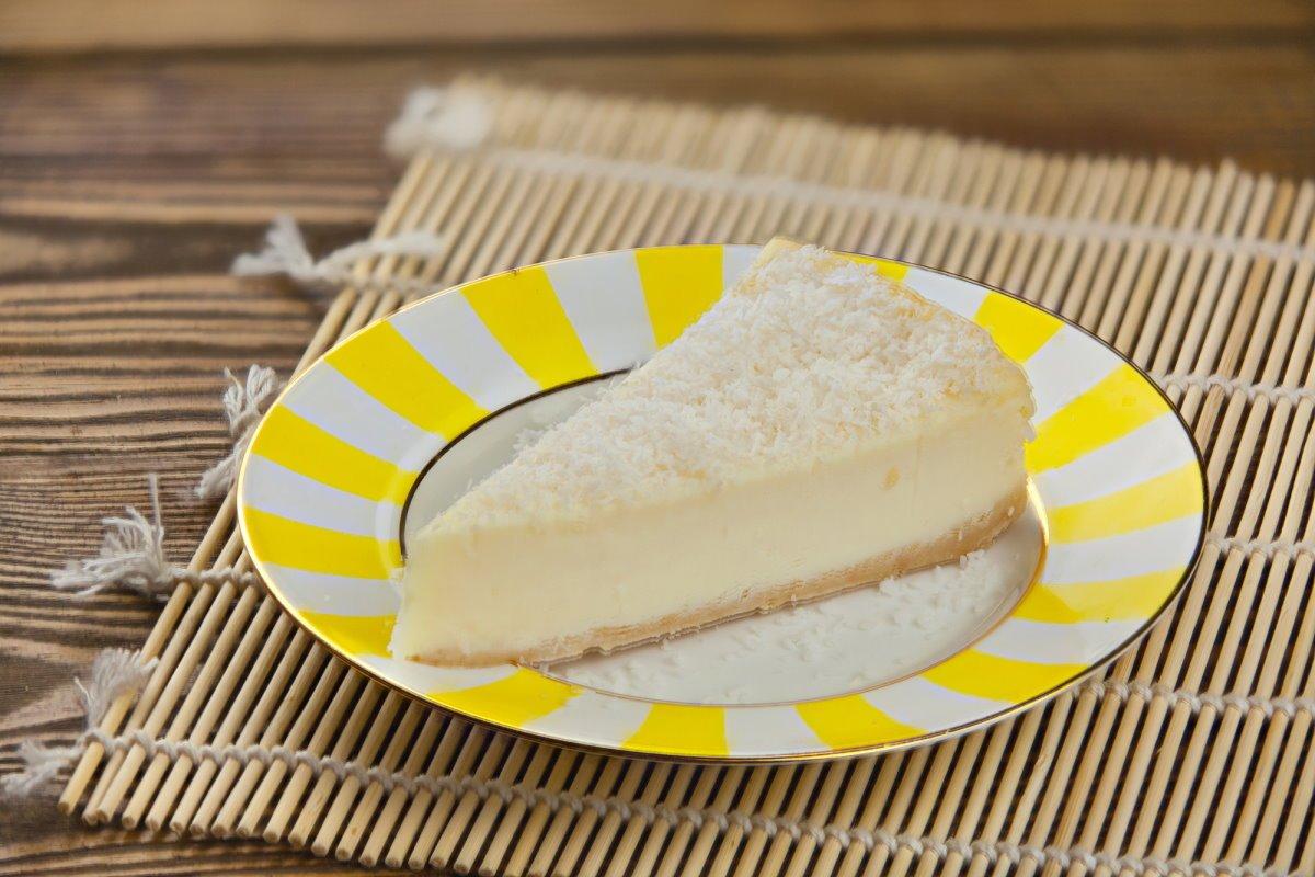 Как сделать чизкейк с лимонным желе и кокосом