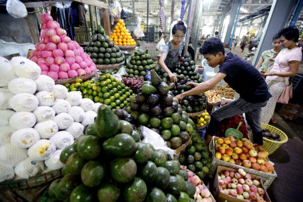 Китай начал борьбу с продуктами низкого качества и подделками