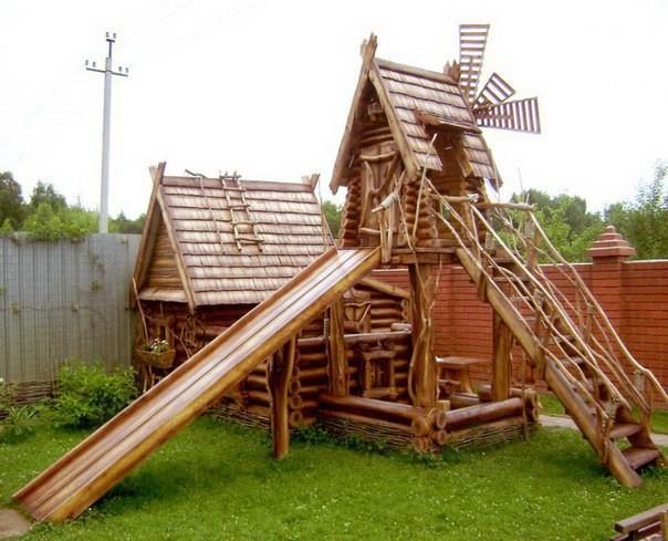 Детская площадка. А Вам нравится?
