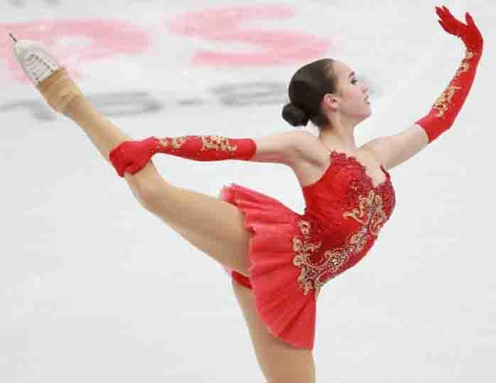 Илья Авербух заявил, что золото Олимпиады в фигурном катании должно было достаться Евгении Медведевой