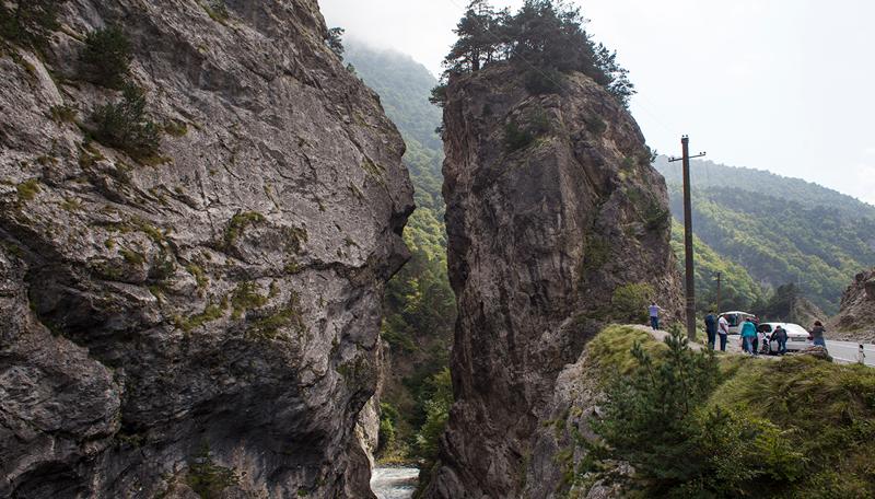 Кадаргаванский каньон. Место примирения кровников водопад, заброшенный город, крепость, пещеры, северная осетия