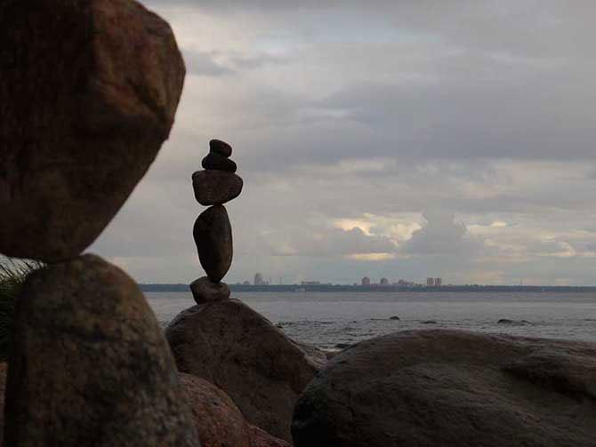 Невероятное равновесие