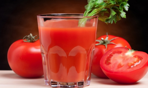 Томатный сок: в чем его польза и вред