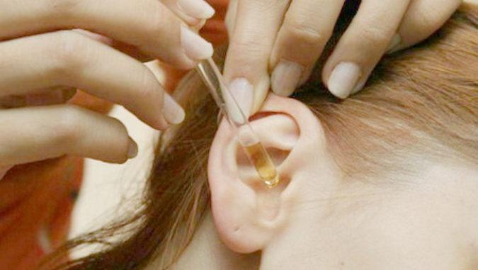 Только 2 капли в уши, и слух улучшается до 97 %! Даже старикам от 80 до 90 помогает это природное средство