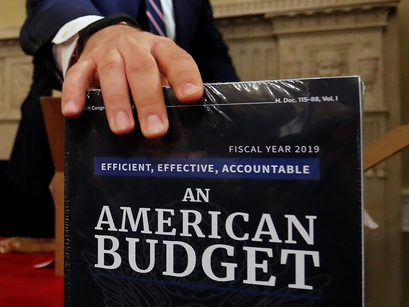 Чем опасен новый военный бюджет США?