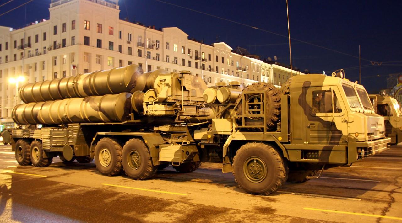 Российская система ПВО отразила атаку дронов на авиабазу Хмеймим
