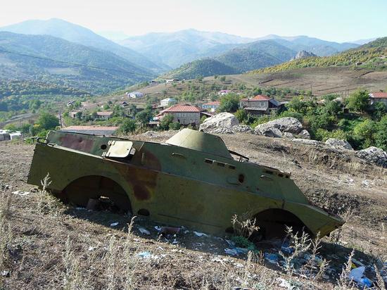 """Российские миротворцы в Карабахе получили выстрелы в спину вместо """"спасибо"""" история,миротворцы,Нагорный Карабах,политика,Россия,СССР"""
