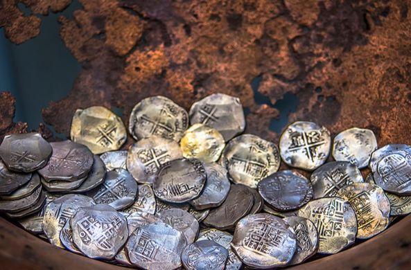 В Самаре нашли жетоны Людовика XV