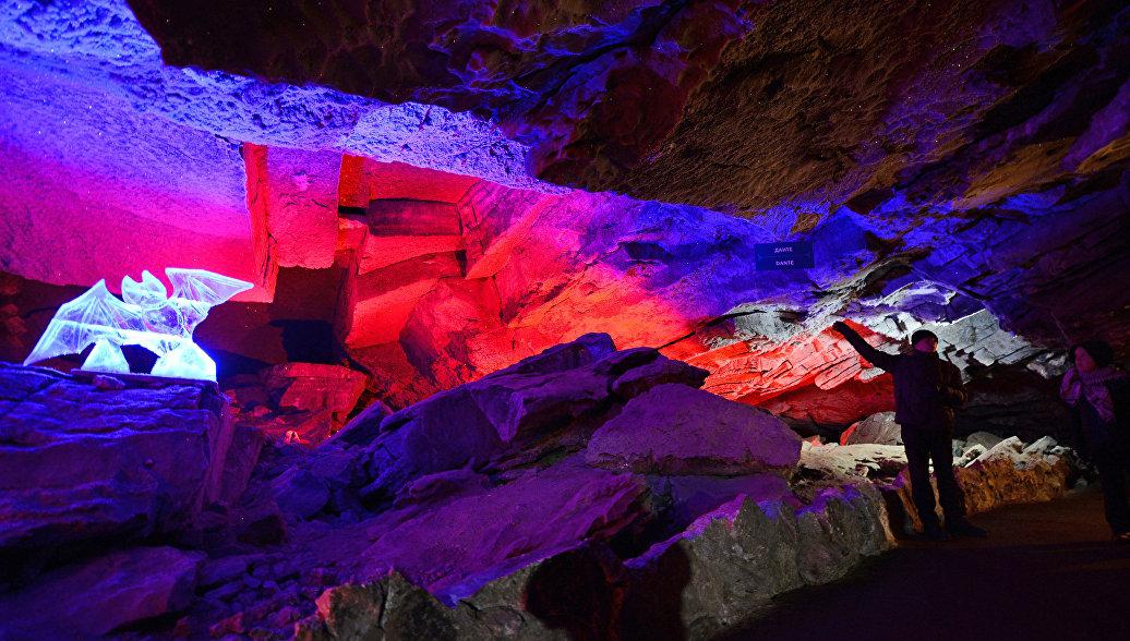 Названы пять самых красивых пещер России