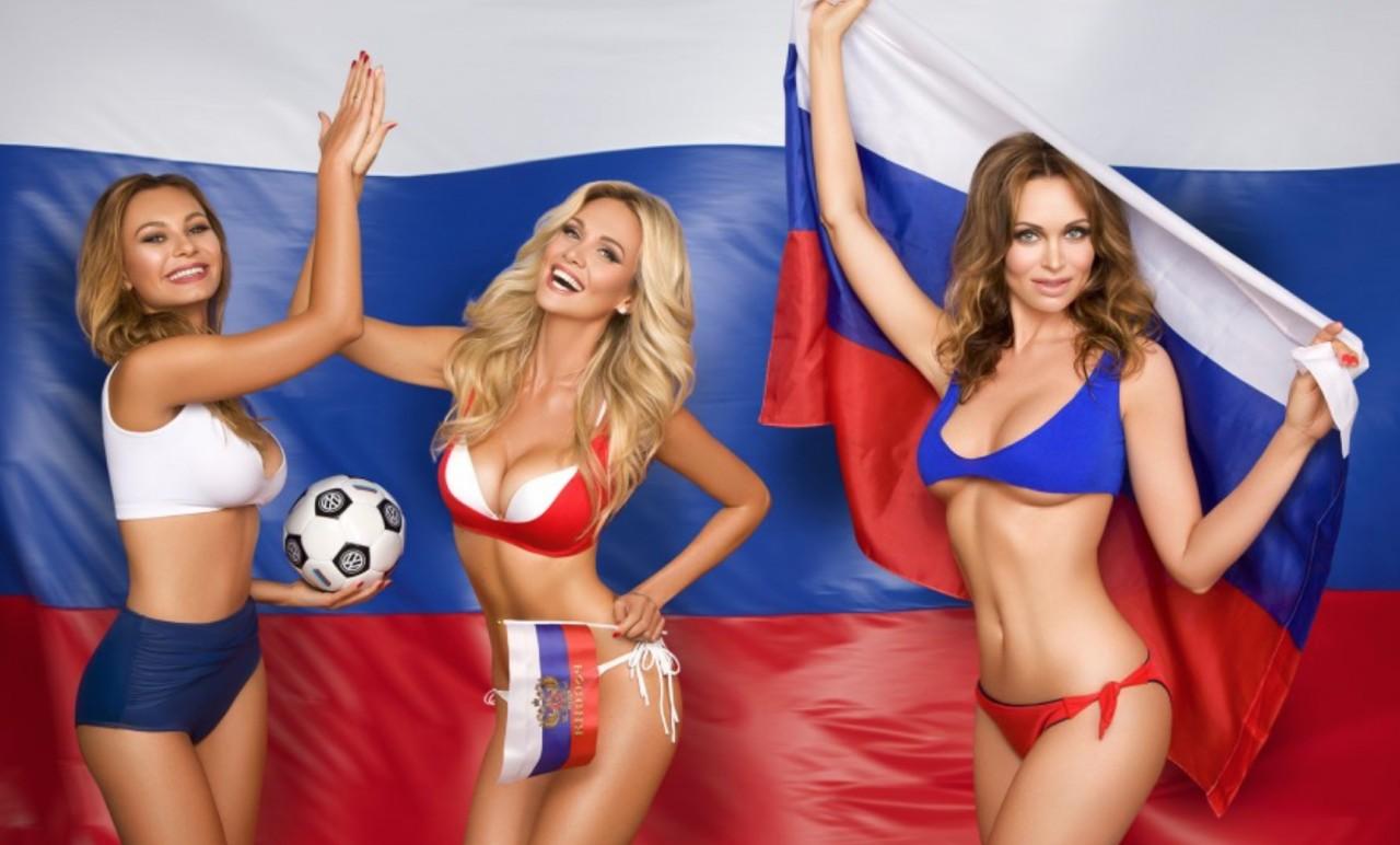 Самые привлекательные жёны футболистов сборной России