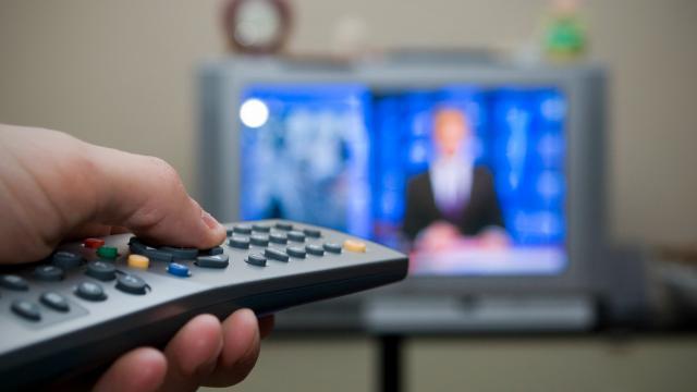 Закрытие российских телеканалов может разозлить многих белорусов