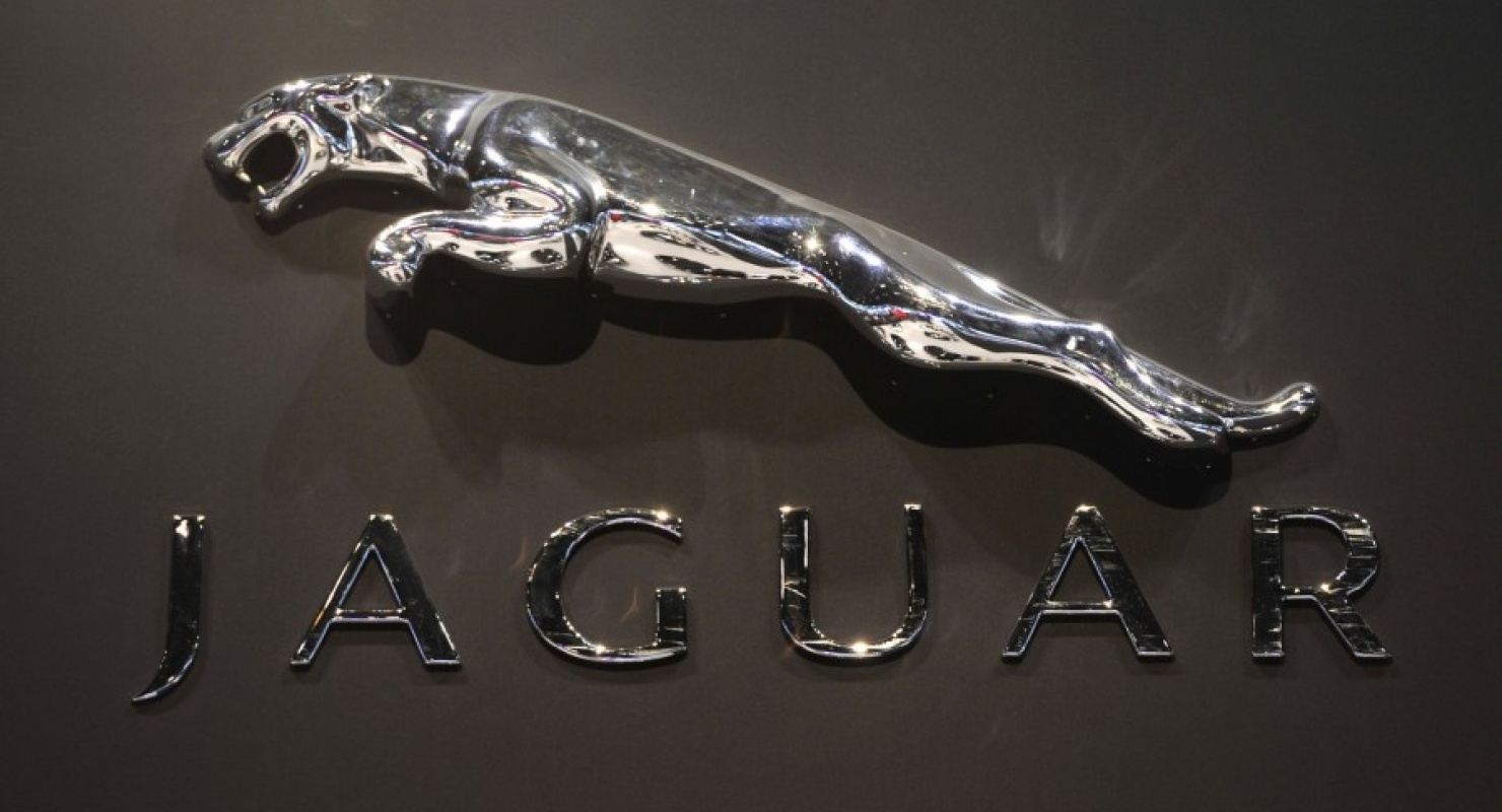В России продаётся 14-летний Jaguar XJ за 3 688 000 рублей, на котором почти не ездили Автомобили