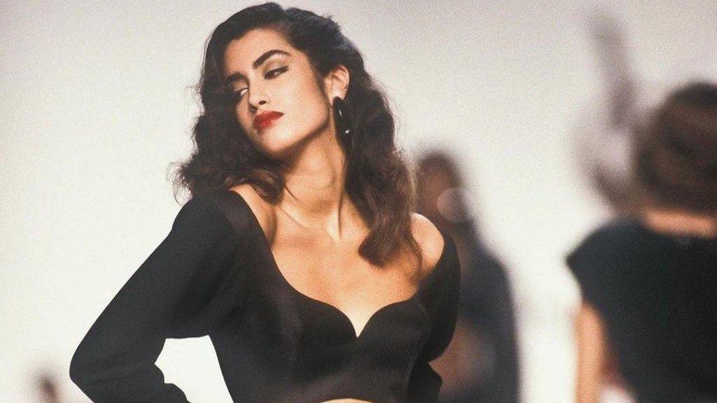 Фотографии с подиумов 90-х